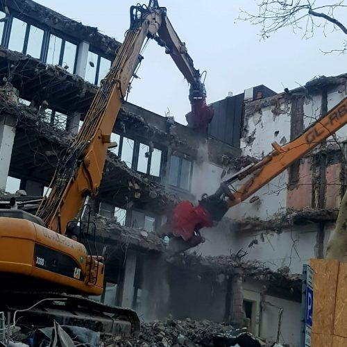 demolari industriale controlate cu utilaje (2)
