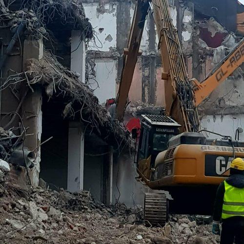 demolari industriale controlate cu utilaje (3)